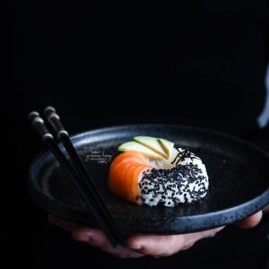 Ricetta giapponese creativa con il sushi donut